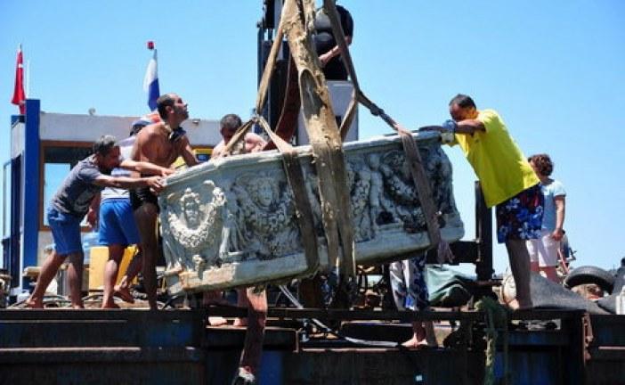 Tursko more predaje netaknuti rimski sarkofag