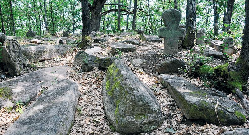 Tajanstveno srednjovekovno srpsko groblje