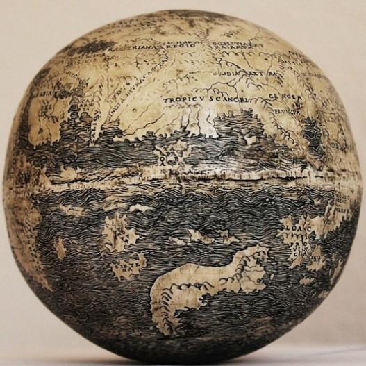 Najstariji globus veličine je grejpfruta i pretpostavlja se da je napravljen oko 1504. godine