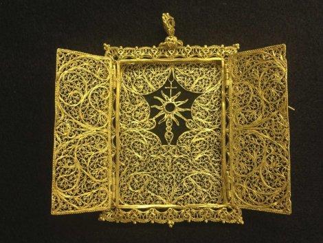 Nakon 300 godina ogrlica je spojena