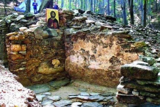 Topola: Otkrivene freske iz 15. veka