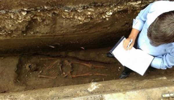 Pronaši komunalci, preuzeli arheolozi Narodnog muzeja