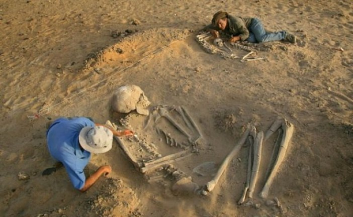 Arheolozi u Rusiji pronašli gigantske ljudske fosile stare 4.000 godina!