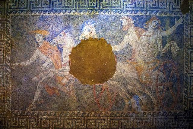 Podni mozaik na kojem je predstavljena otmica Persefone