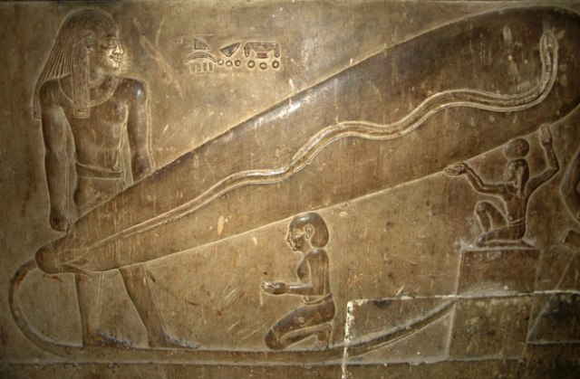 Sijalica za osvetljavanje radova unutar piramide