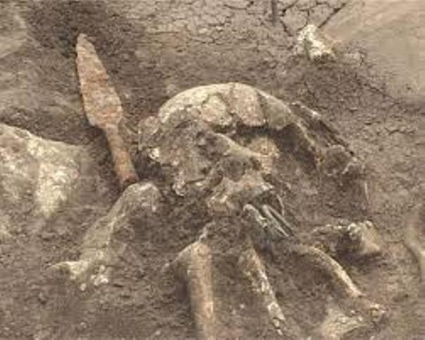 Grobnicа kod Pаvlovcа iz 4. vekа p.n.e.