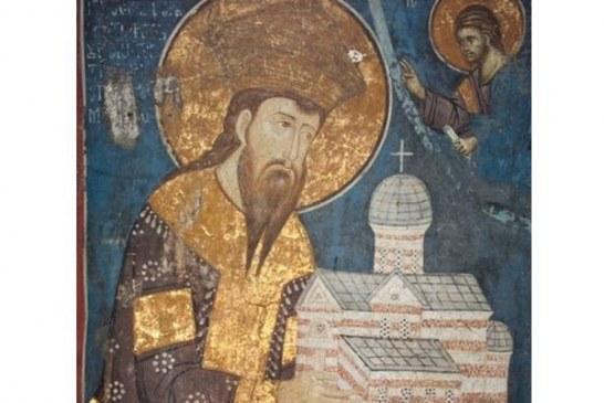 U Pećkoj patrijaršiji je, 6. januara 1322. godine, za kralja krunisan Stefan Uroš III Dečanski Nemanjić.