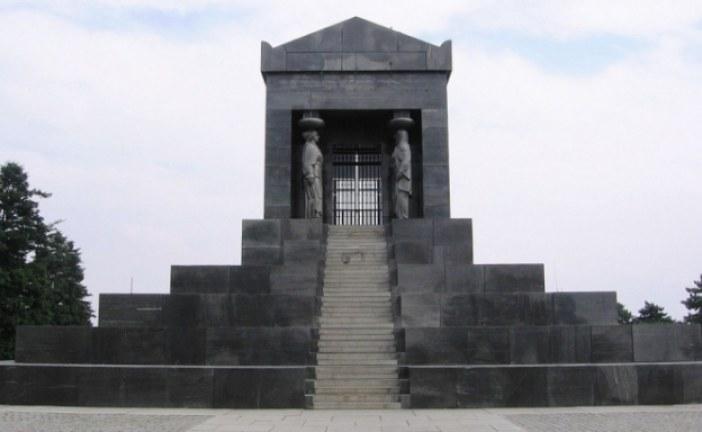 Tajne Spomenika neznanom junaku