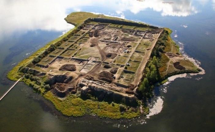 NAJVEĆA MISTERIJA SIBIRA Niko ne zna ko je izgradio utvrđeno ostrvo, ni zašto ga je napustio