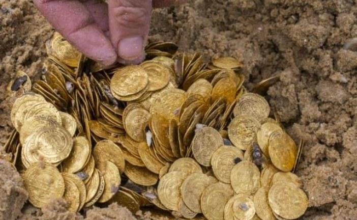 Arheolog amater u nemačkom gradu Lineburg pronašao zlatne kovanice vredne 45.000 evra