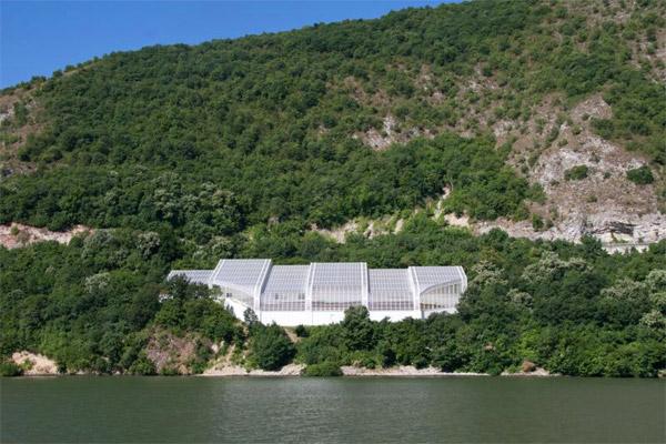 Pogled na muzej sa Dunava