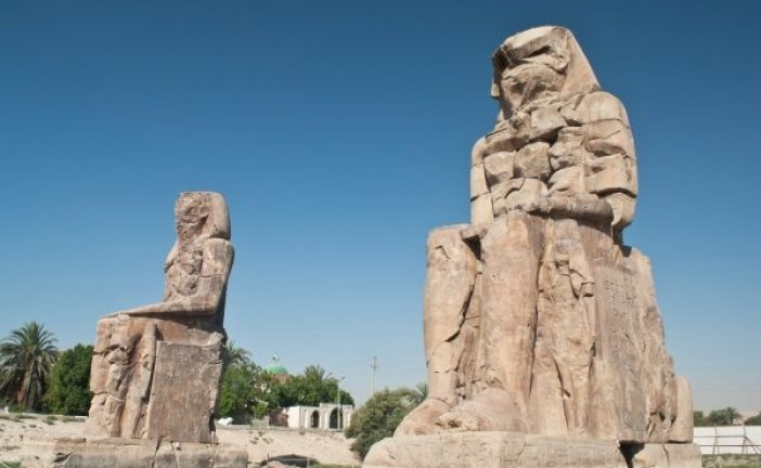 """Drevna tajna: Zašto su Memnonovi kolosi """"pevali"""" u zoru?"""