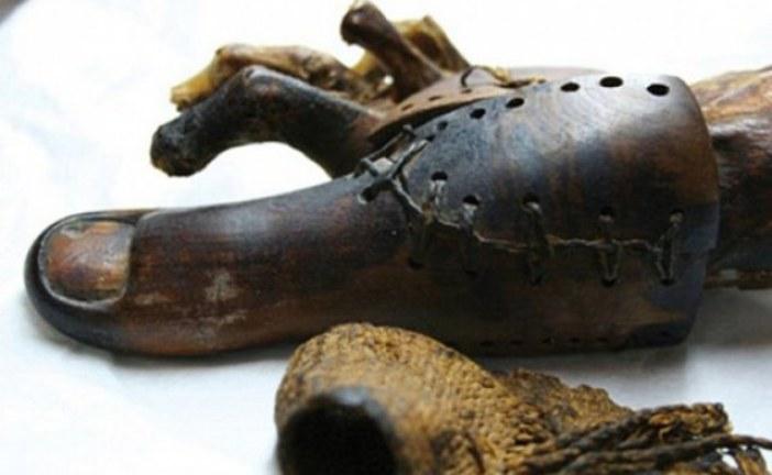 NEVEROVATNO OTKRIĆE: U Austriji pronađena drvena proteza za nogu stara 1.500 godina! (FOTO)