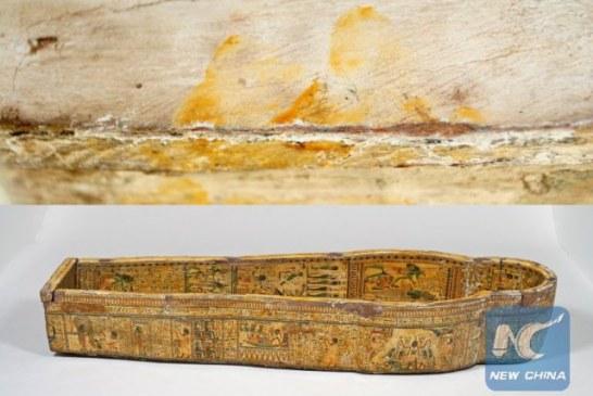 Na egipatskom kovčegu pronađeni otisci prstiju stari 3.000 godina