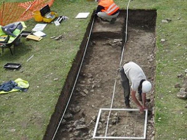 Arheolozi na iskopini