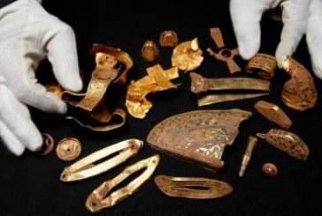 Arheolog amater otkrio najveće anglosaksonsko blago
