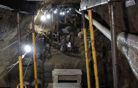 Robot istražuje tunel ispod hrama