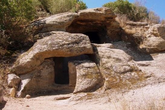 Praistorijske pećinske grobnice na Sardiniji