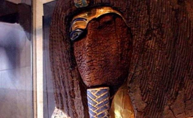 Misteriozni kraljevski sarkofag u kome je mumija za koju se sada veruje da pripada faraonu Ehnatonu.