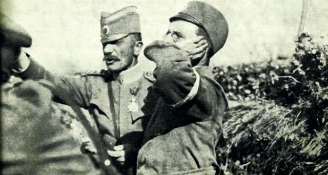 """Vojvoda Mišić sa dopisnikom londonskog """"Tajmsa"""""""